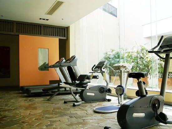 Guangzhou Golden Leaf Hot Spring Resort  Fitness and entertainment facilities